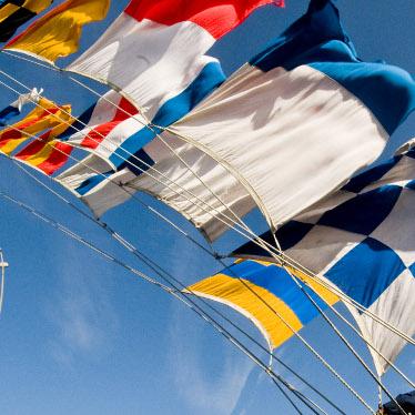 Signalflaggor flaggspel till segelbåt