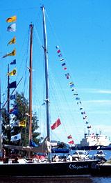 Signalflaggor båt