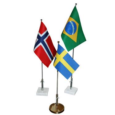 Bordsflaggstänger